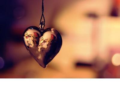 思念是一种忧伤,幸福而惆怅,是一种温馨,痛苦而惊喜